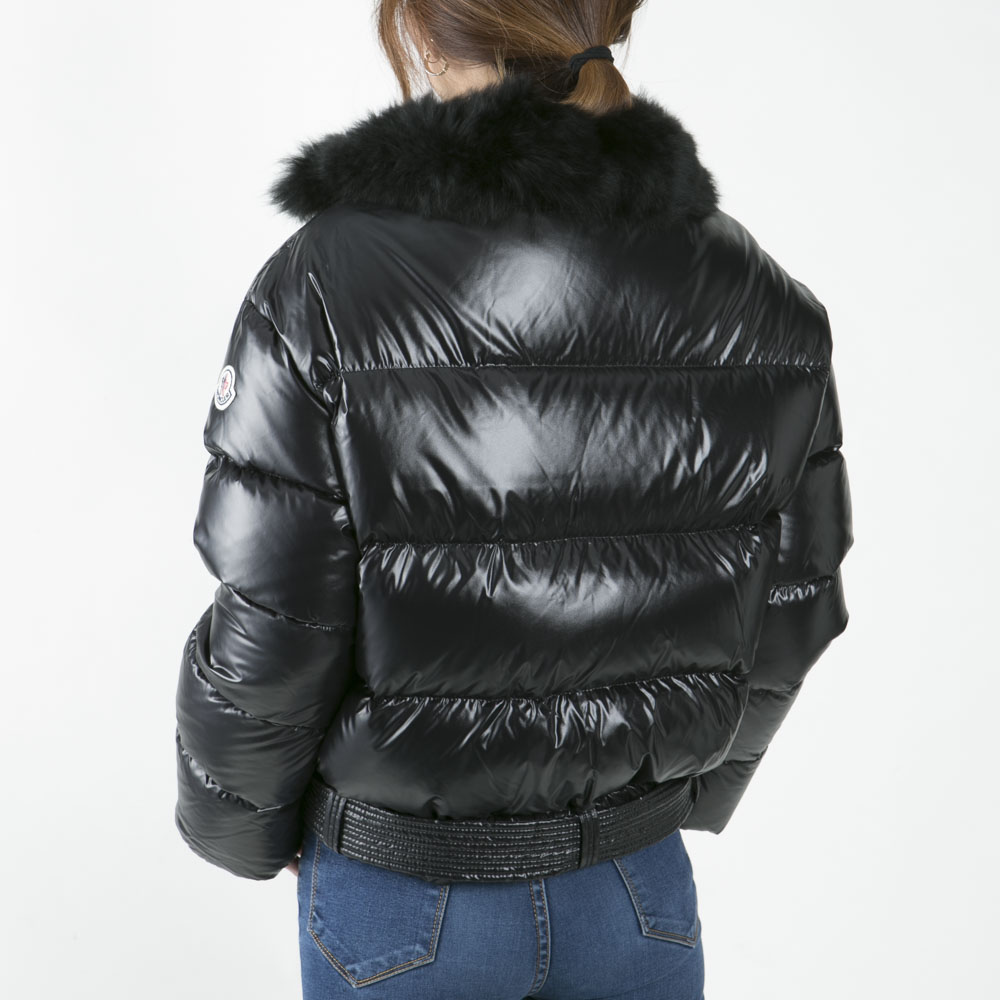 MONCLER 腕マークファー付ショートダウン46395 FOULQUE ギフトラッピング無料